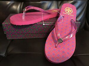 f30596aaca7c9 Tory Burch Authentic SAMBA 4T OBLONG PRINT   NAVY Flip Flop Size 7 ...