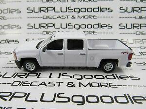 Greenlight-1-64-Scale-LOOSE-White-2018-Chevrolet-SILVERADO-1500-4X4-Pickup-Truck