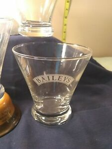 BAILEYS-IRISH-Cosmopolitan-clear-glass-barware-glasses-Set-of-4