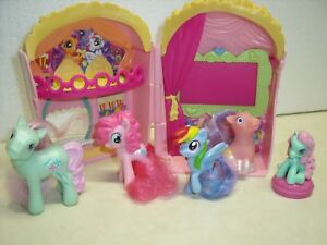 My-Little-Pony-G3-Popcorn-Movie-Theater-Ticket-amp-Pony-Playset-2007-lot