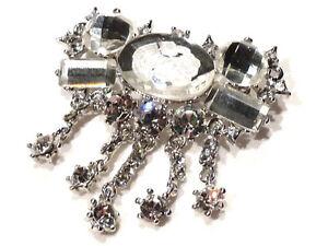 Bijou-alliage-argente-broche-camee-cristal-blanc-brooch