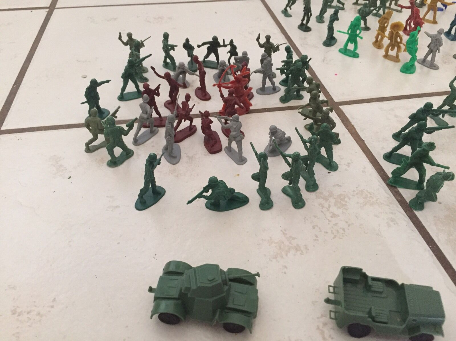Little Army Soldiers Cowboys & Indians War Military Green Green Green Men Action Figure Lots d08745
