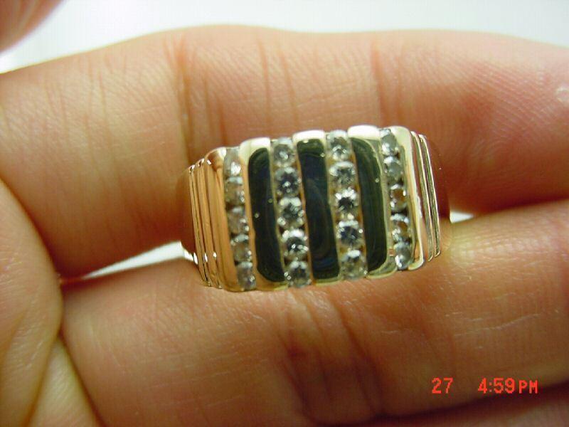 HANDSOME 14KT Y G MEN'S DIAMOND CLUSTER RING