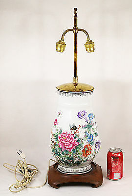 Antique Chinese Hand Painted Porcelain Vase mounted as Table Lamp 20th Century