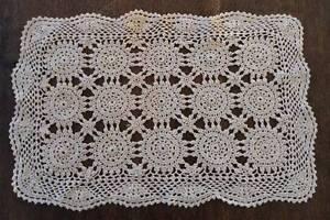 True Vintage Set 4 Fine Crochet Lace Placemats Queen Anne Ecru Beige Hand Made