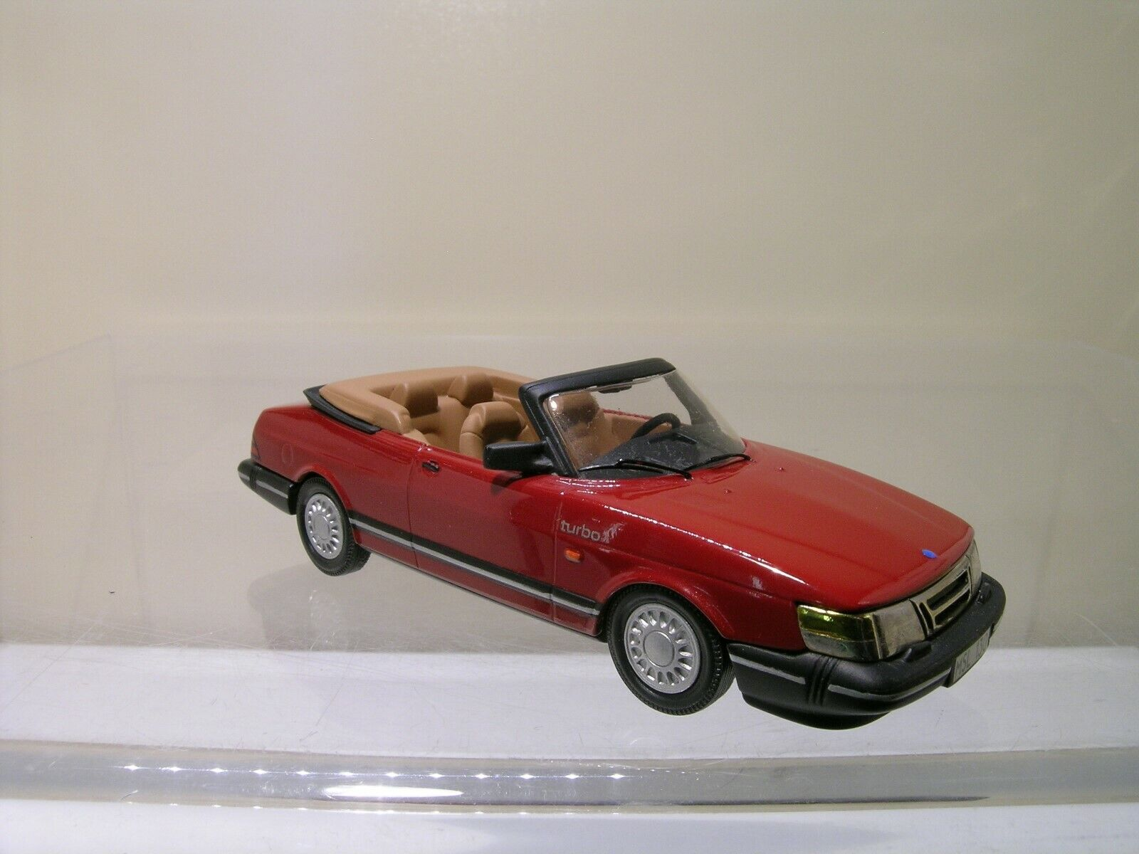 SOMERVILLE MODELS 130 SAAB 900 CONVERTIBLE 1987 rouge 99% MINT SCALE 1 43