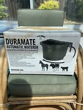 Red LITTLE GIANT FW16 Automatic Waterer 16 Quart