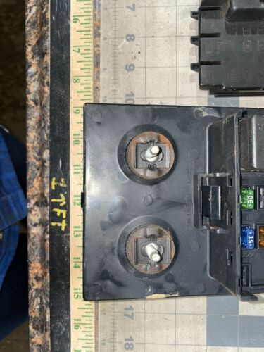 1997 1998 FORD F-150 INTERIOR DASH FUSE BOX JUNCTION RELAY BLOCK F85B-14A067-AA