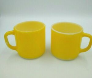 Vintage-Federal-Glass-Coffee-Mugs-2-Bright-Yellow-Retro