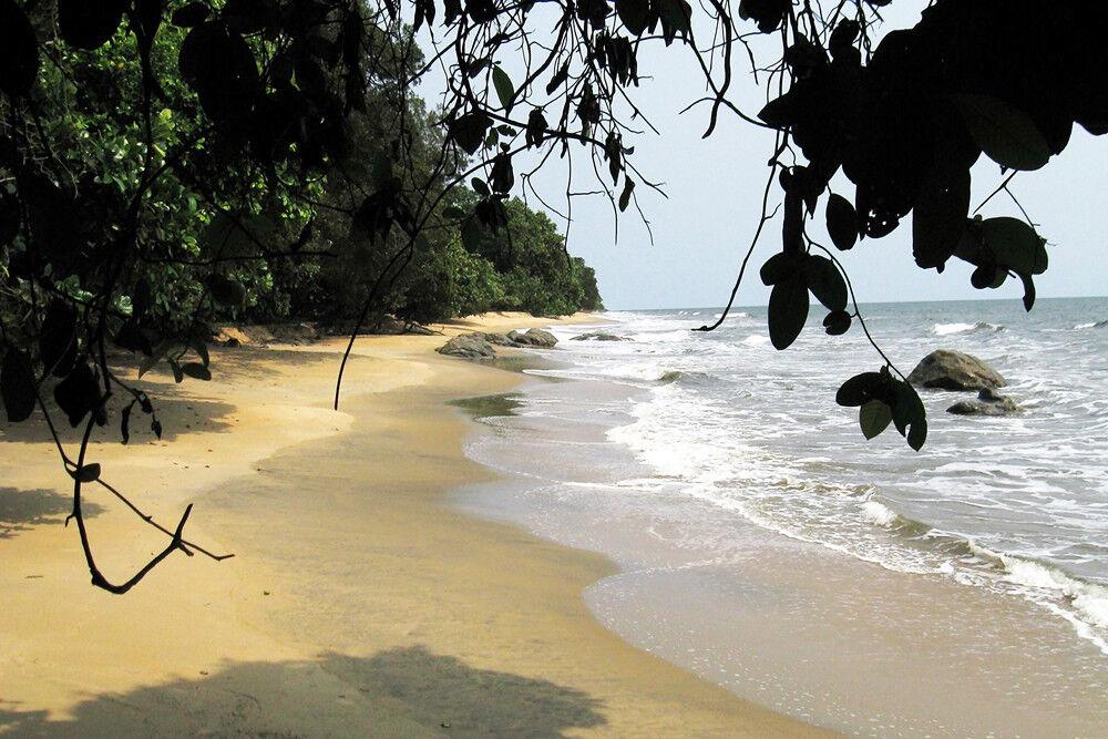 Kribi Beach  - CANVAS OR PRINT WALL ART