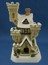 David Winter Cottage CHRISTMAS CASTLE #D0809 *NIB* Beautiful Piece*