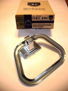 Vtg-NOS-Heavy-CHROME-Towel-Ring-Holder-Stirrup-hanger-style-Bathroom-Donner-Mfg