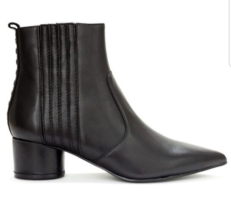KENDALL & KYLIE Laila Leather Boots - Black Size US 7M