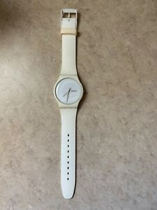 Rare-white-Swatch-Swiss-131-Not-Working-For-Parts-FREE-SHIP