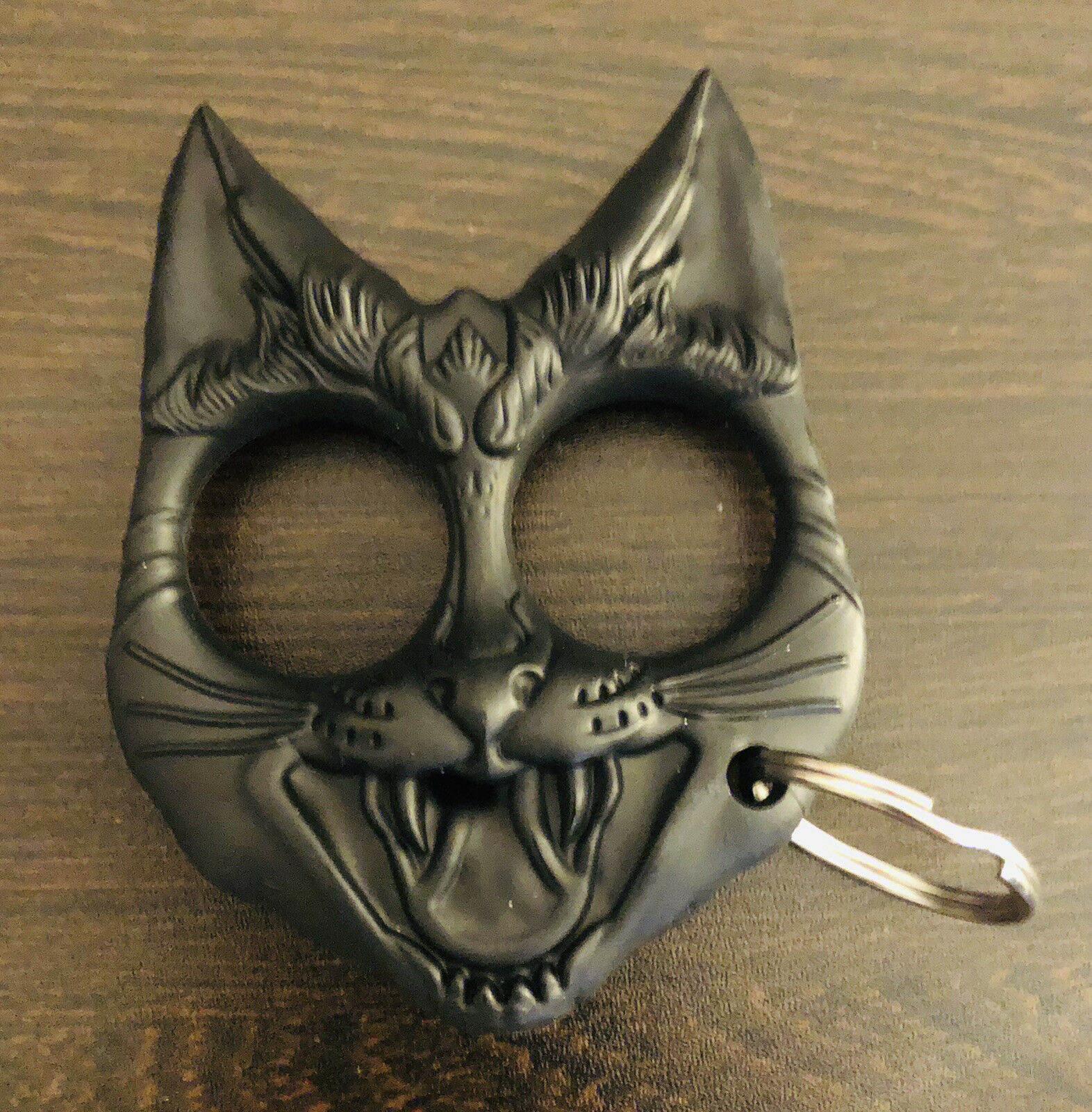 Efivs Arts Metal Cat Personal Protection Self Defense Keychain