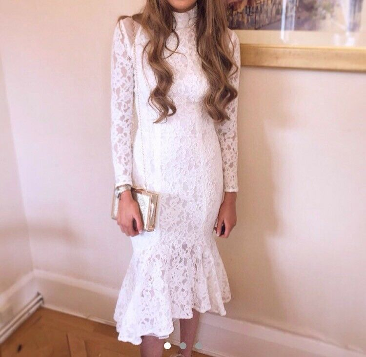 Celeb boutique dress white size 6 perfect for an occasion