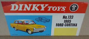 Dinky Toys Original Shop Display Poster Signe Fenêtre Streamer - 133 Ford Cortina-afficher Le Titre D'origine Remises Vente