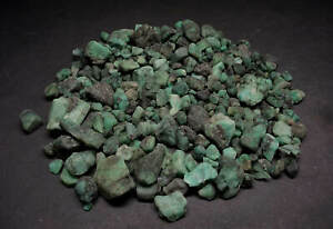 Emerald-Rough-1-Lb-Lots-Natural-Green-Crystals-2250-Carats