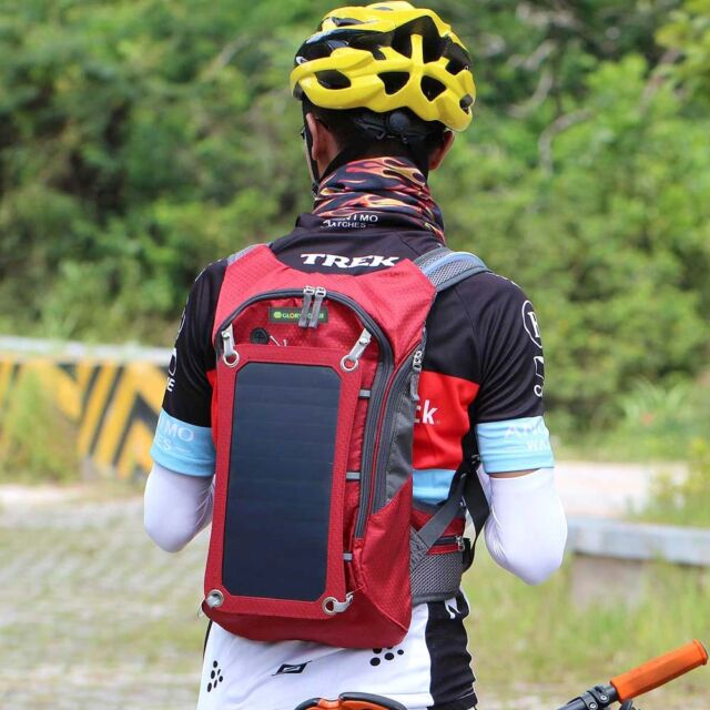 15L 6.5W Cycling Solar Power Backpack with 2.5L Water Bladder Bag Red
