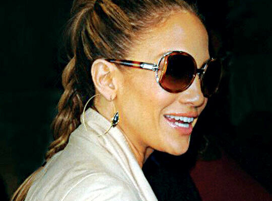 FERRAGAMO gold tortoise oversized sunglasses sunnies SF719S w/ case Jen Lopez