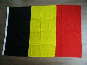 Large-Nylon-Wool-Belgium-Flag-1-8-m-x-1-2-m-Evan-Evans-Flags-Size-6