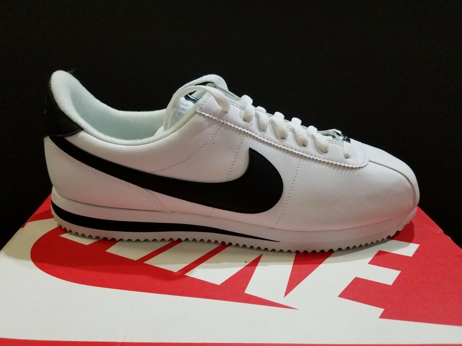 pretty nice 5959b 1f0f7 Nike Cortez Basic Leather Mens Shoes White Black SIZE SIZE SIZE US 8   11.5