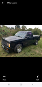 1986 10 chevy small black 350