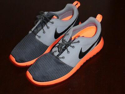 NEW NIKE ROSHERUN Men/'s Running Shoes Grey 511881 097 NEW