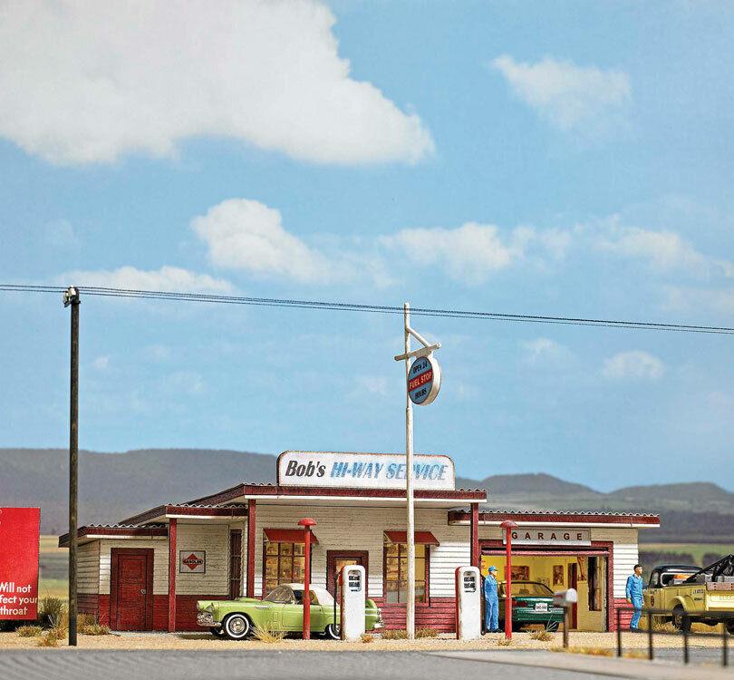 Busch (HO)  9723 1950's style GAS STATION   LASER CUT WOOD KIT - NIB