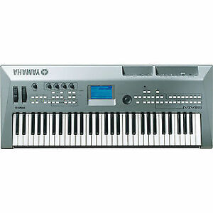 Yamaha MM6 Keyboard Synthesizer