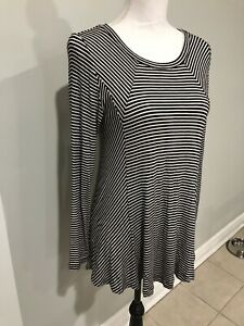 Soft-Surroundings-Top-Tunic-Stretch-Striped-Black-White-Long-Sleeve-Sz-S