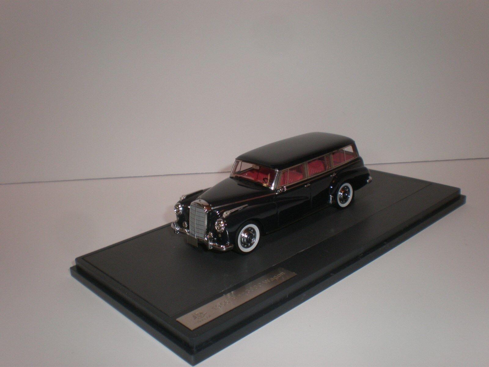 1 43 Matrix 1956 Mercedes Benz MB Binz 300S Wagon