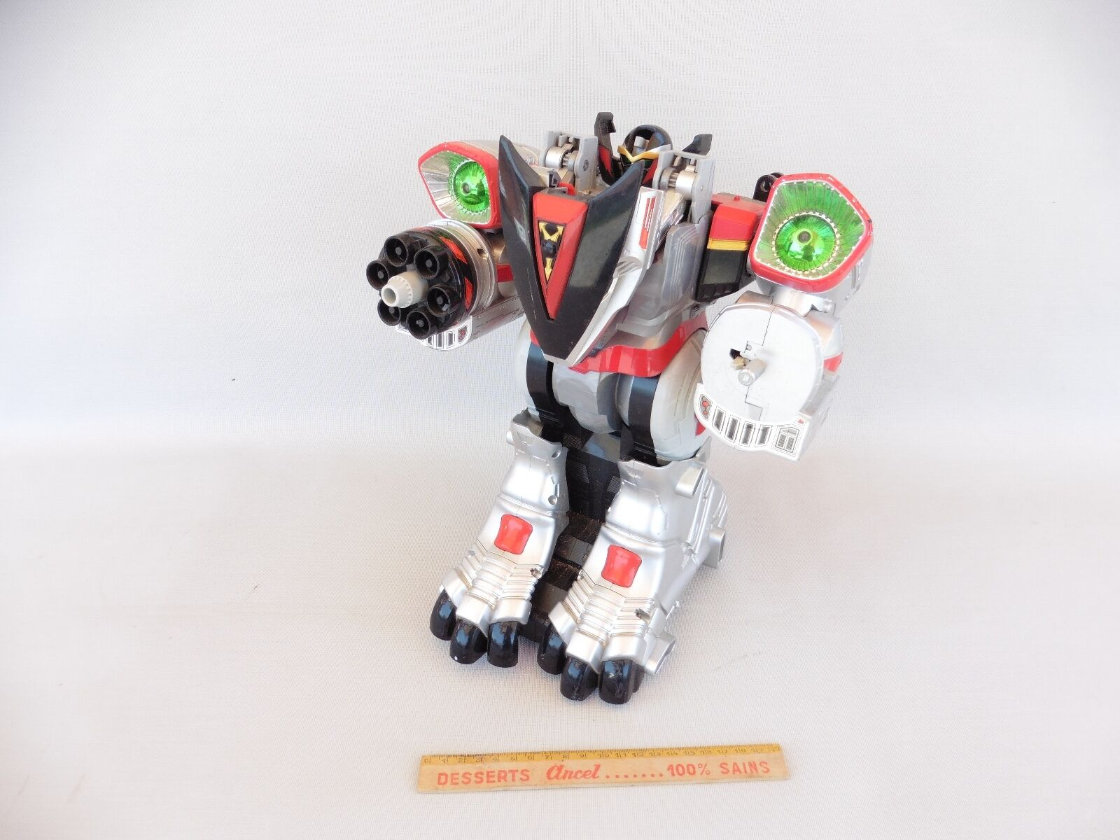 ROBOT BANDAI 2001 FAULTY HEIGHT 35CM