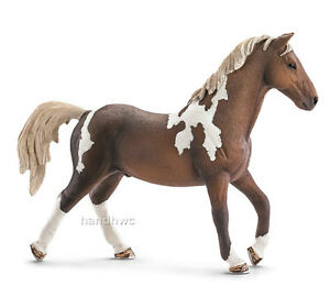 NIP Schleich 13756 Trakehner Horse Stallion Model Toy Figurine