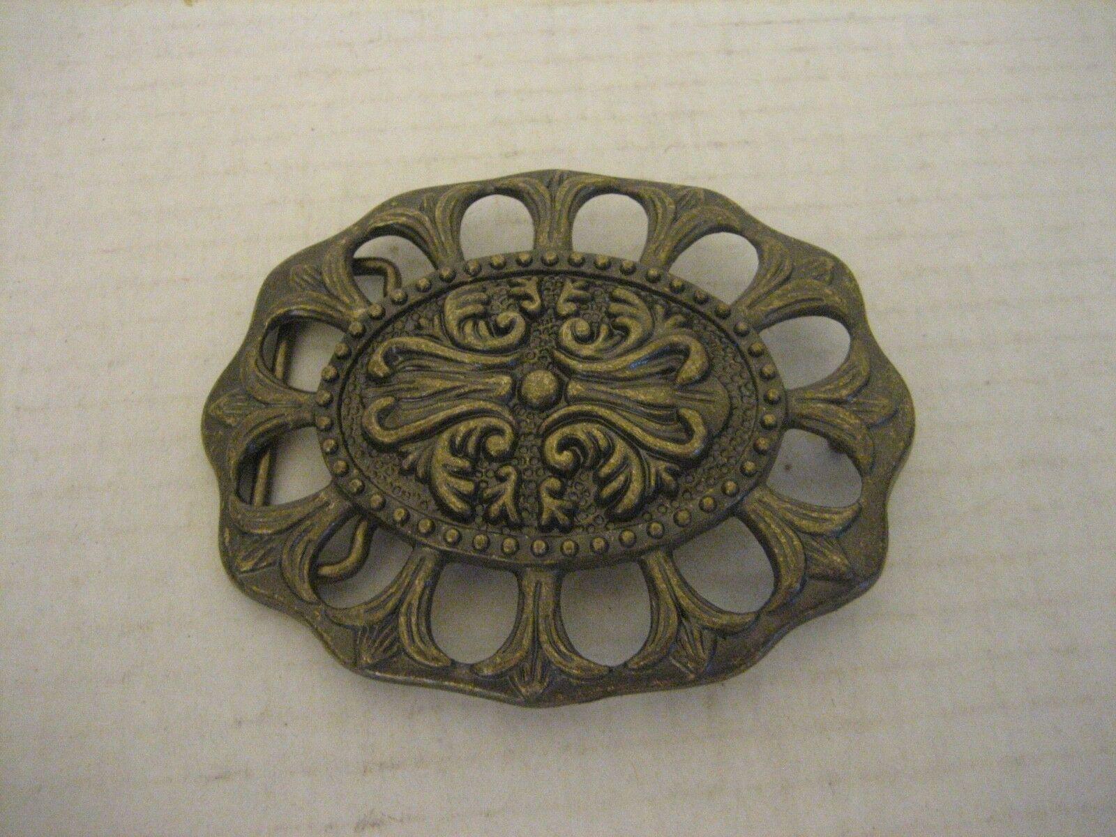 Women's Metal Oval Decorative Belt Buckle 4in.L. x 3in.W. Buckle Only NWNT