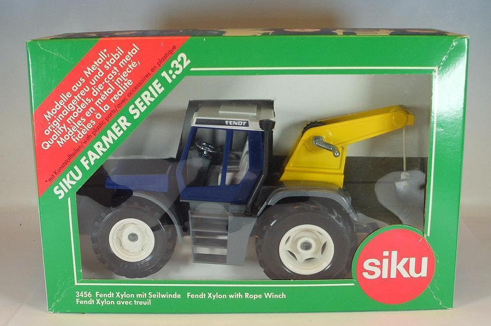 Siku 1 32 No. 3456 FENDT xylon tracteur avec avec avec treuil OVP  359 63435a