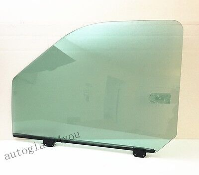 Ford F250,350,450,550,650,750/& Ford Excursion Passenger Front Right Door Glass