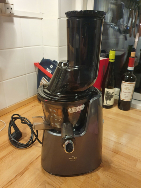 Slow Juicer, Witt by Kurvings, Model C9620. Den virker…