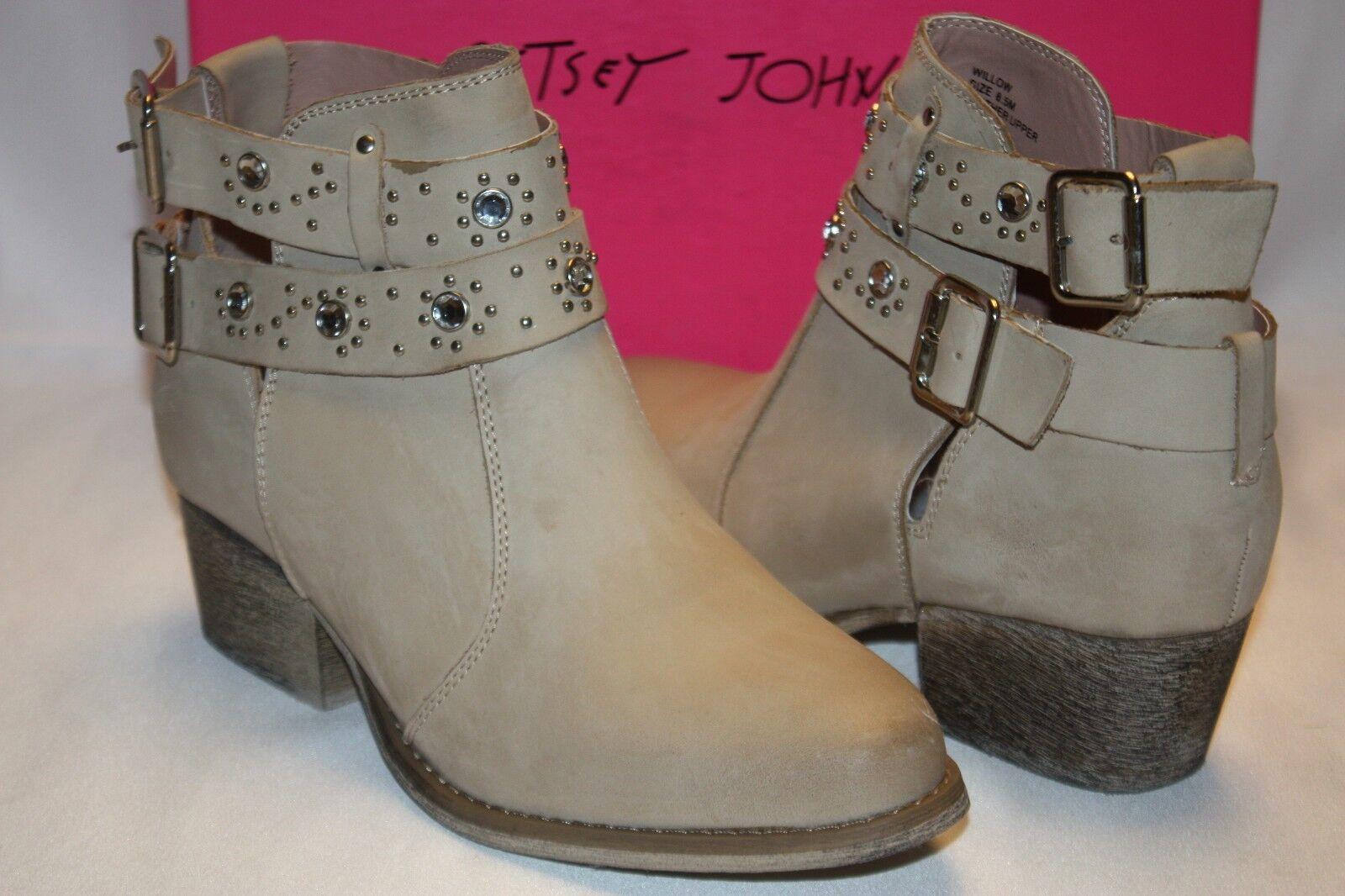 NEW  NIB  BETSEY JOHNSON Bone Leather WILLOW Jewel Stud Ankle Boot 6 8.5  195