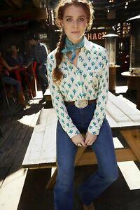 Wrangler-Women-039-s-Ivory-Cactus-Print-Snap-Up-Western-Shirt-LW3137M