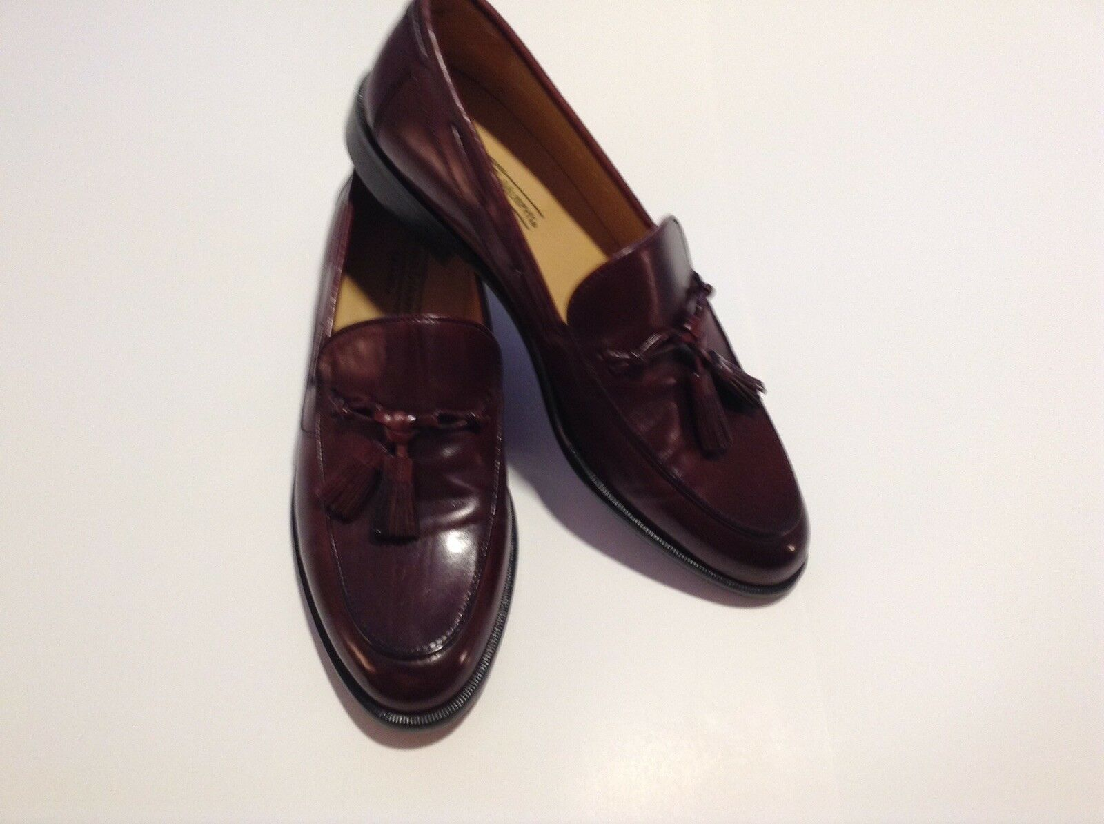 Johnston and Murphy Men's 9N Cordovan Tasseled Loafers