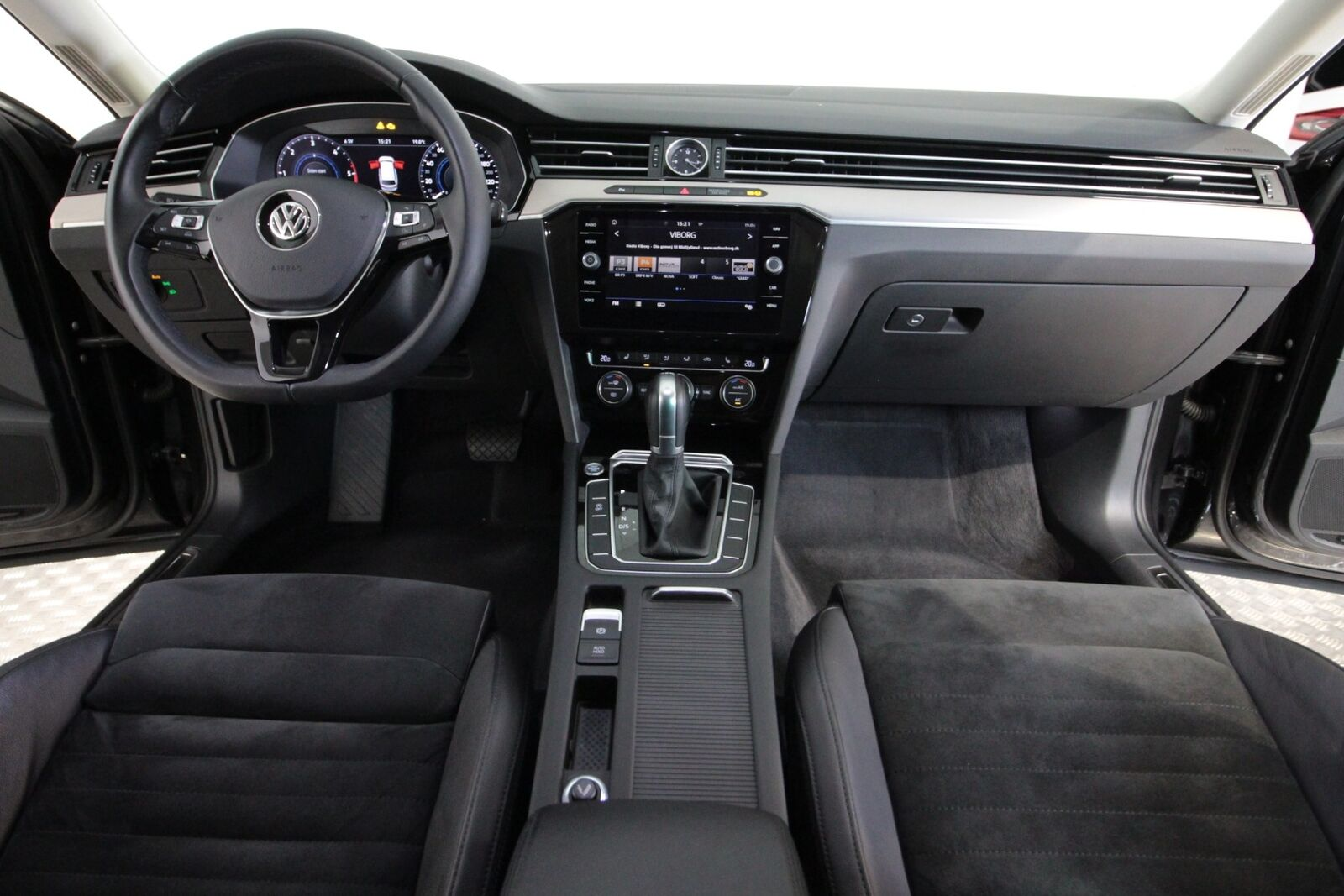 VW Passat TDi 190 Highl. Prem. Vari. DSG