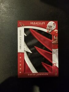 2015-Panini-Immaculate-Logos-David-Johnson-Cardinals-logo-patch-8-16