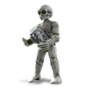 Alien Mega Construx X-Files Figure Pack