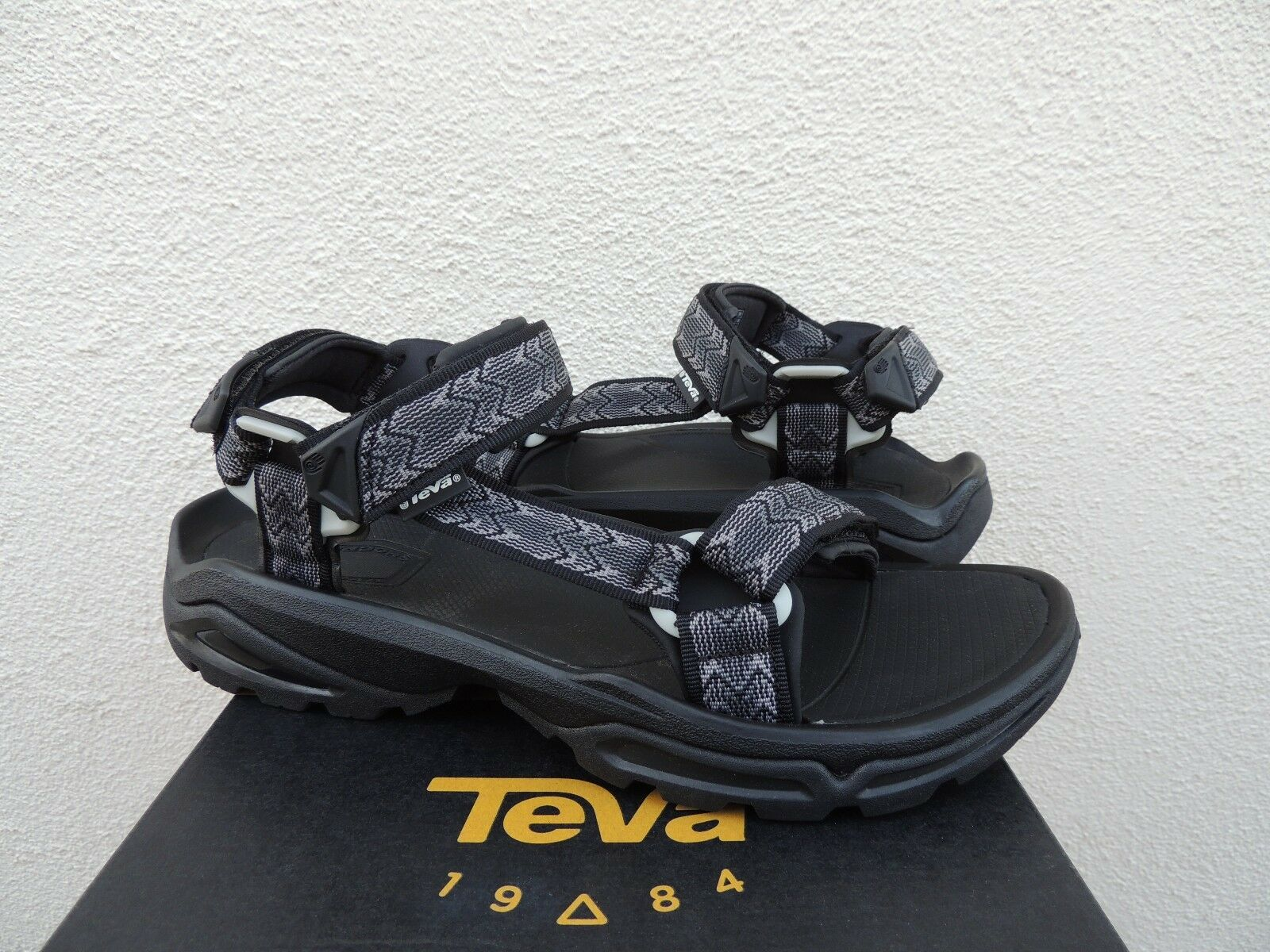 TEVA TERRA FI 4 CROSS BLACK STRAPPY SPORT  HIKING SANDALS, US 12  EUR 45.5 NEW