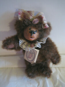 "246/1500 Humor Nwt Nos Kimbearly's Originals Bear 9"" ""sally"" Limited Edition"
