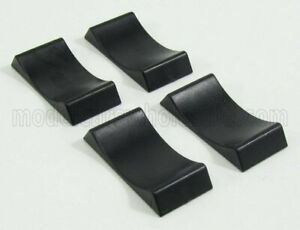TRIPLE9 1/18 ACCESSORIES   SET 4X CUNEO BLOCCA RUOTE - 4X CAR STOPPERS   BLACK
