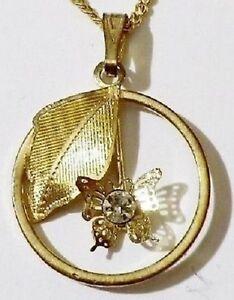 pendentif-chaine-retro-feuille-grave-et-papillon-relief-cristal-diamant-4983