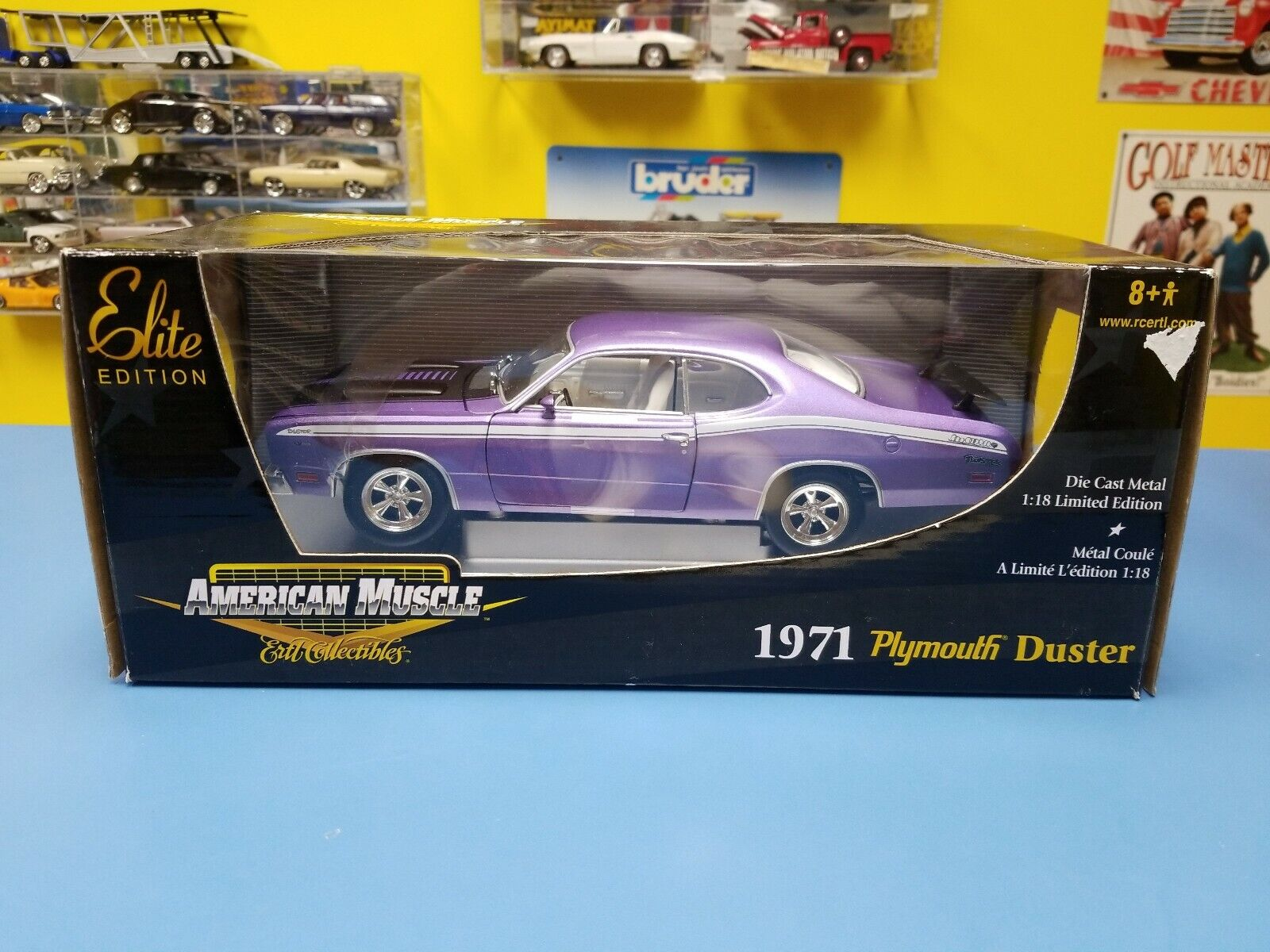 American Muscle 1971 PLYMOUTH DUSTER  Violet  ELITE LIMITED EDITION  NEUF