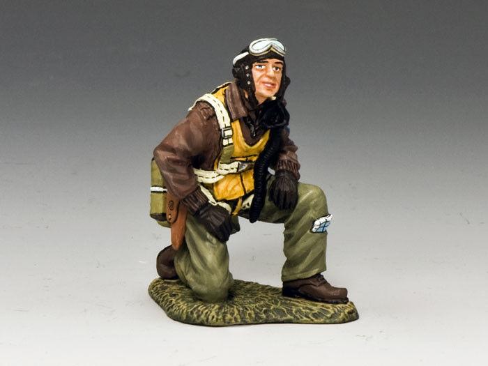 KING & COUNTRY WW2 U.S. AIR FORCE AF022 KNEELING PILOT MIB